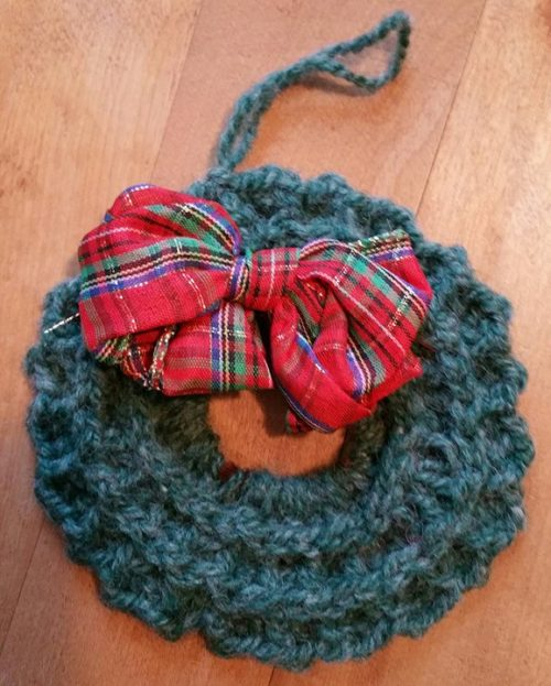 Handmade in Maine wreath with plaid bow